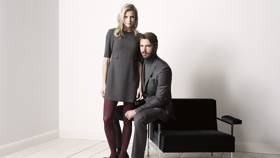 Woman and man wearing mJ-1 stockings for healthy legs