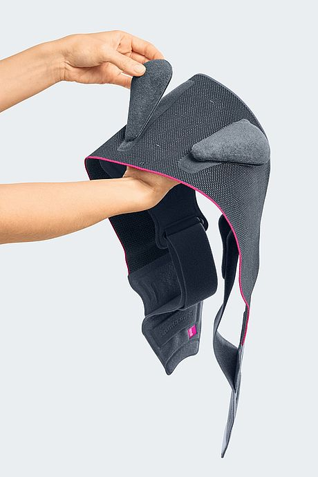 Lumbamed sacro back support iliosaral joint syndrome